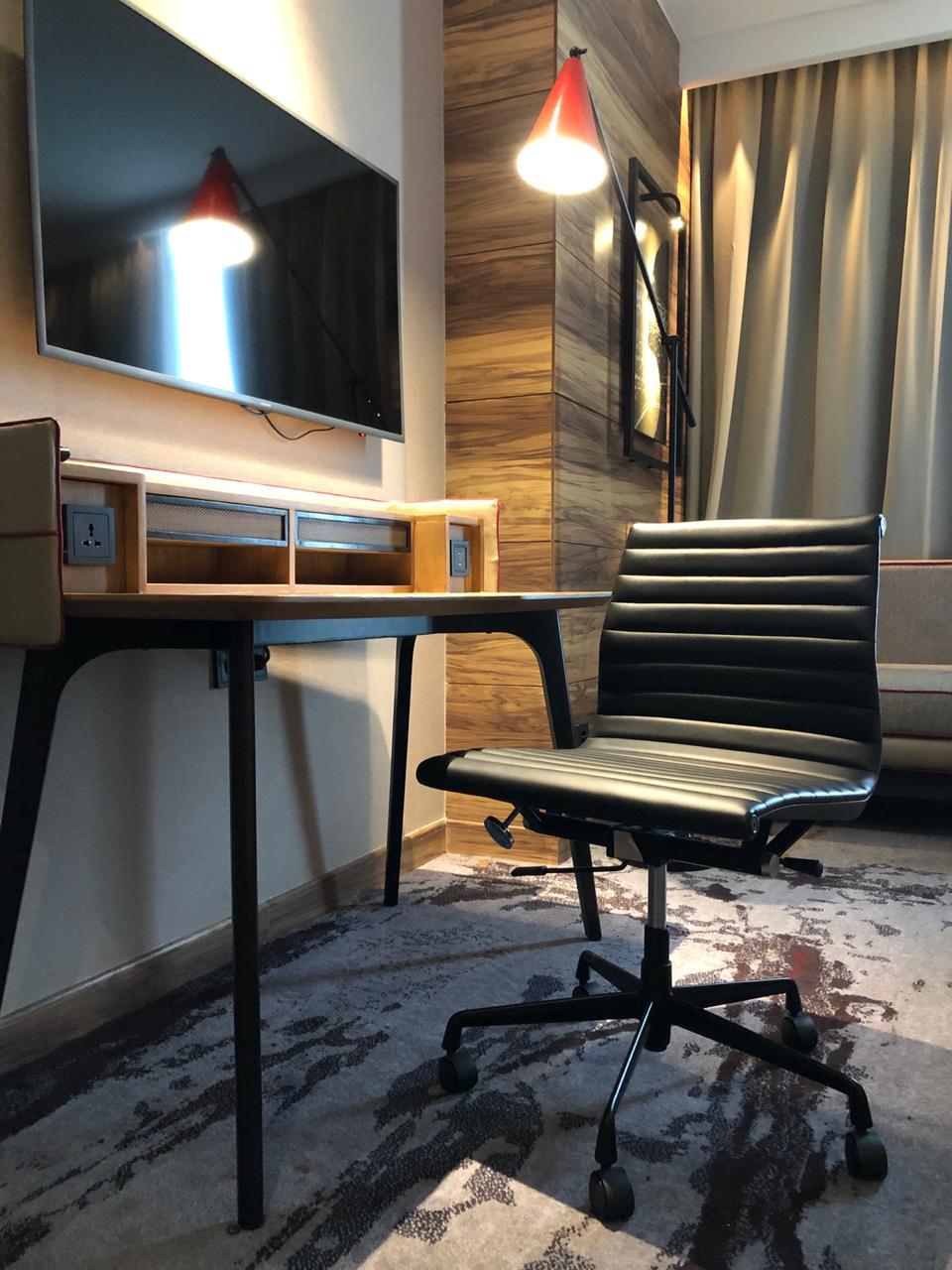 Tips memilih kursi kerja di shopee